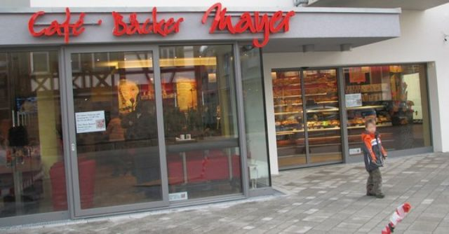 Cafe Baeckerei Mayer.jpg